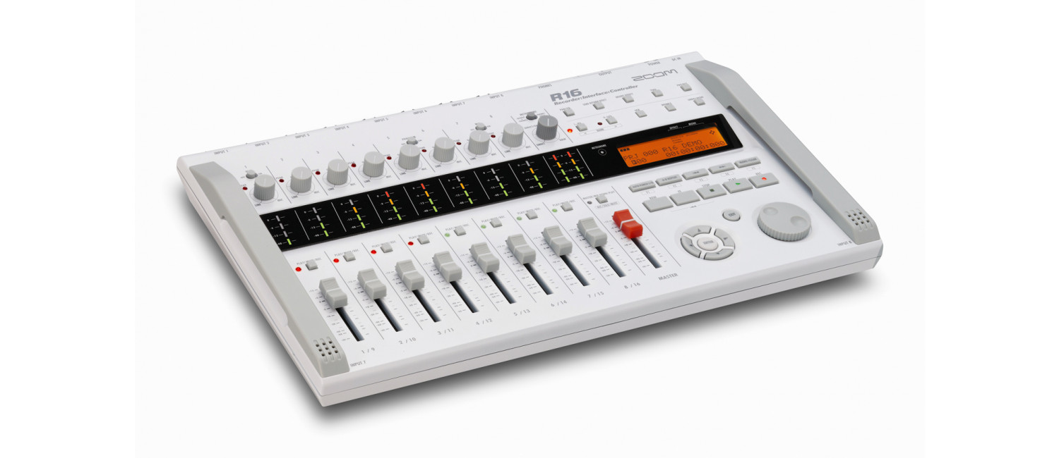 zoom r16 r16 recorder audio interface daw controller. Black Bedroom Furniture Sets. Home Design Ideas